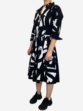 Load image into Gallery viewer, Black & White 3/4 sleeves black and white pleated midi dress - size 10