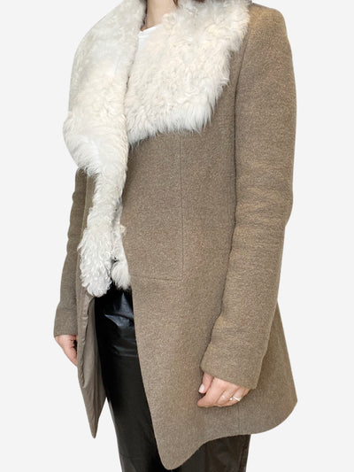 Brown wool blend coat with fur collar- size UK 10