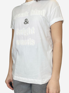 White graphic t-shirt with quilted text- size M