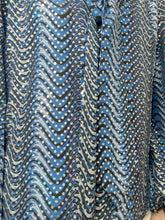 Load image into Gallery viewer, Kate blue wave sequin silk blouse - size M