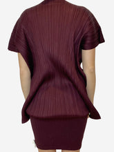 Load image into Gallery viewer, Burgundy pleated tunic - size M