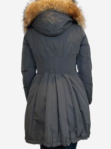 Moncler Grey pleated puffer coat with fur hood trim- size 1 (UK 6/8)
