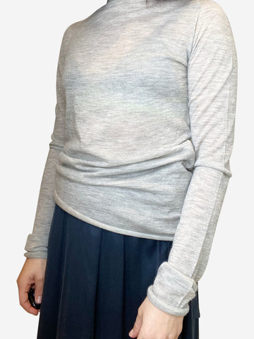 Pale grey cashmere jumper with raw hems- size XS