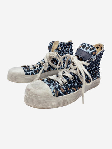 Blue & brown leopard print studded trainers - size EU 39