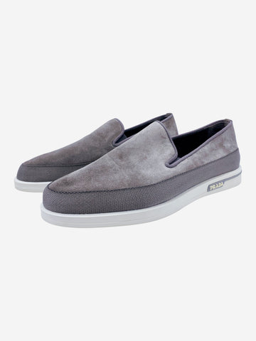 Grey suede slip on trainers - size EU 41
