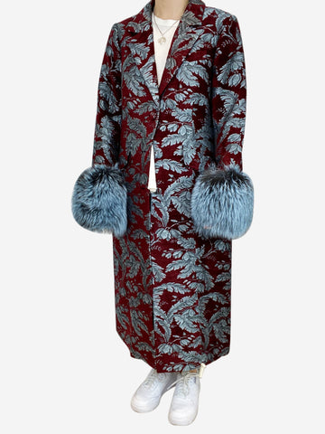 Burgundy and blue tapestry coat with fur sleeve cuffs - size L
