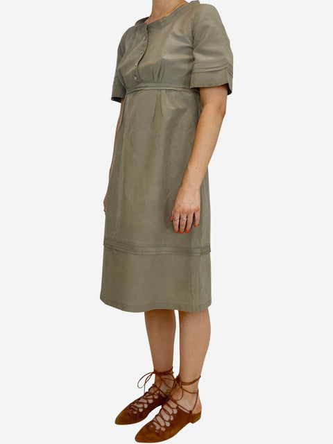 Khaki short sleeve round neck dress - size 8