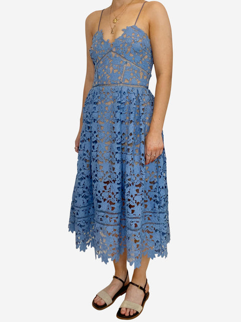 Azaelea sky blue lace sleeveless midi dress - size 10