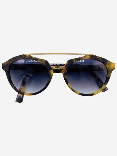 Tortoiseshell brown bar sunglasses
