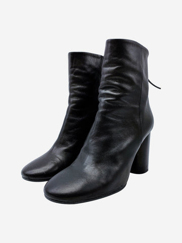 Black round toe block heel ankle boots - size EU 39