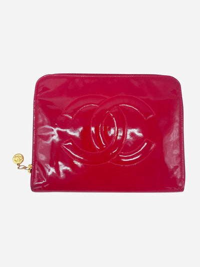 Red patent CC logo zip clutch