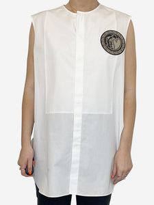 White sleeveless blouse with heart chest patch - size FR 46