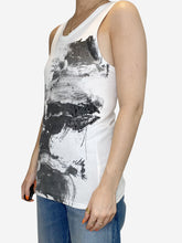 Load image into Gallery viewer, White abstract-print tank top - size M