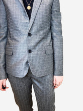 Load image into Gallery viewer, Grey lightweight check suit - size FR 36