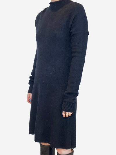 Black cashmere shift dress - size M