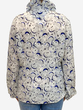 Load image into Gallery viewer, Crean and blue moon and stars print blouse- size M