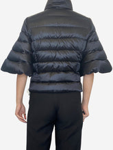 Load image into Gallery viewer, Black short sleeve puffer jacket - size S