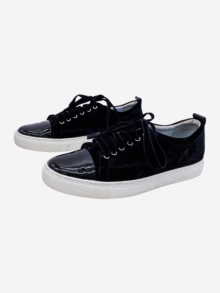 Black velvet trainers with patent toe - size EU 41