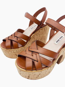 Miu Miu Brown cross over peep toe cork platforms - size EU 37