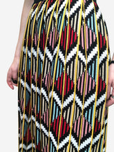 Load image into Gallery viewer, Multi coloured printed skirt in knit - size S