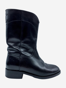 Chanel Black pull-on leather boots with CC logo - size EU 37