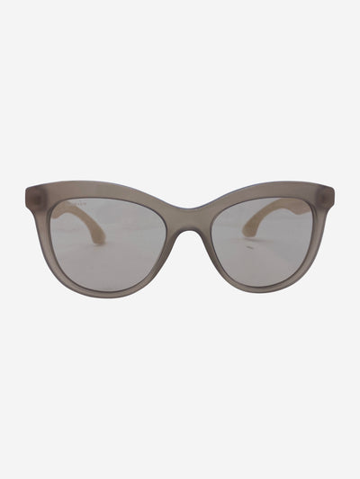 Nude sunglasses with crystal arm