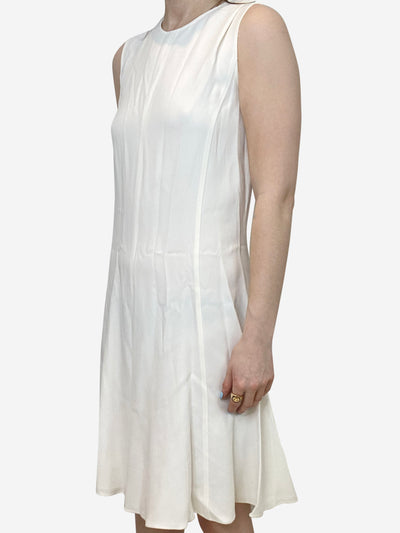 White sleeveless knee length dress - size M