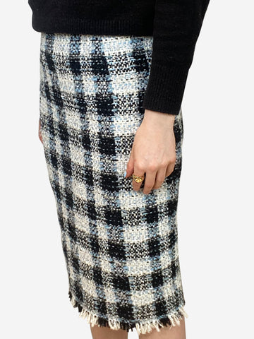 Black, white & blue checked tweed pencil skirt - size UK 6