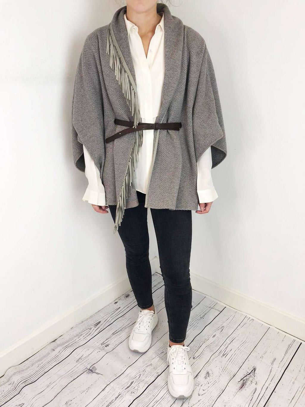 Fabiana Filippi Grey And Leather Cape Size M RRP £416 Fabiana Filippi - Timpanys