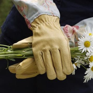 Garden Gloves and Gauntlets