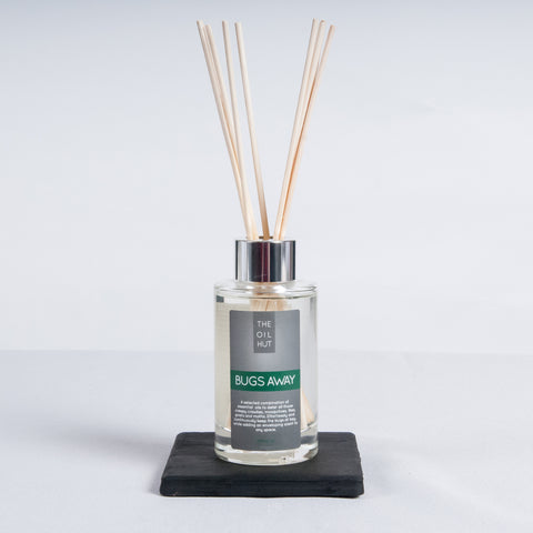 The Oil Hut 100ml Kitchen and Garden Natural Bugs Away Diffuser