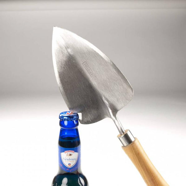 Sneeboer & Zn Transplanting Trowel with Bottle Opener