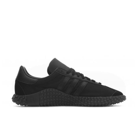 ADIDAS ORIGINALS COUNTRYXKAMANDA Core Black / Utility Black / Solar Red EE3642