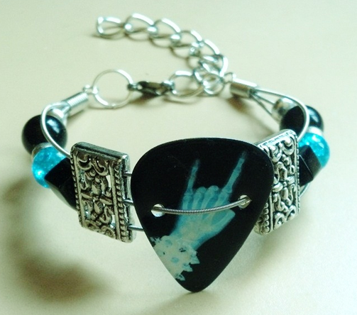Custom Metal Horns Guitar String Bracelet