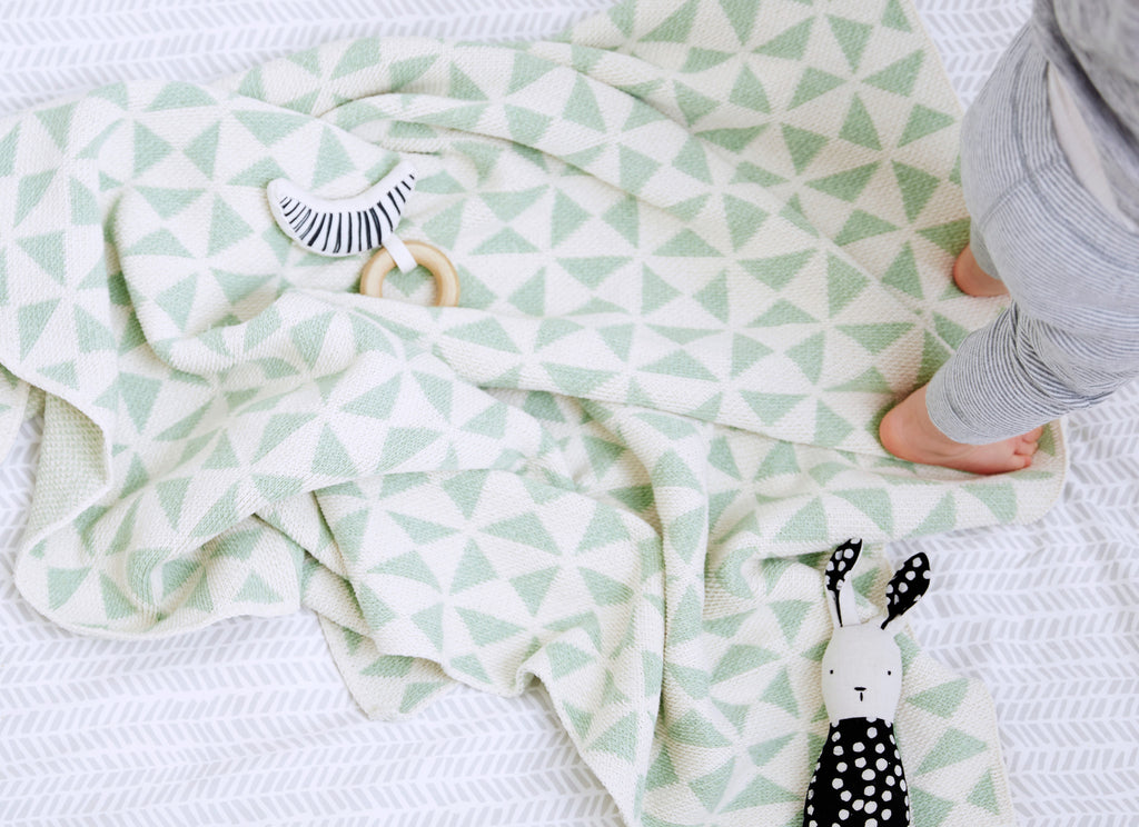 Savannah Hayes Cardiff Baby Blanket - The Perfect Baby Shower Present for the Modern Nursery