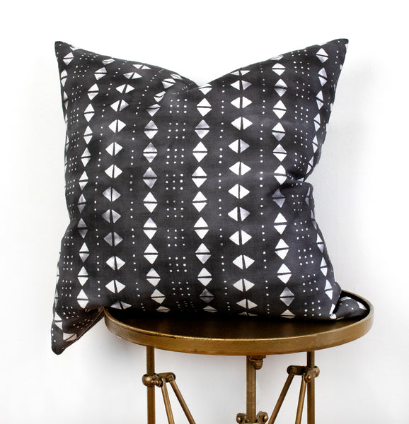Mali Pillow - Black