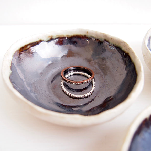 Handmade mini black gloss ceramic ring dish