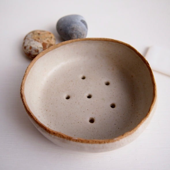 Handmade speckled oatmeal large pottery soap dish