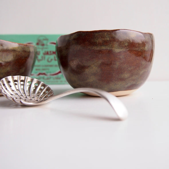 Handmade gloss brown pottery tea bowls