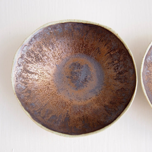 Black gold pottery ring dish