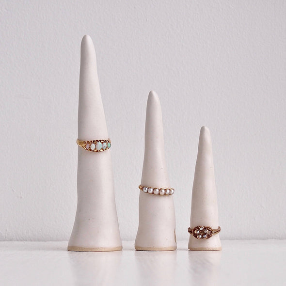3 sizes satin white pottery ring cones