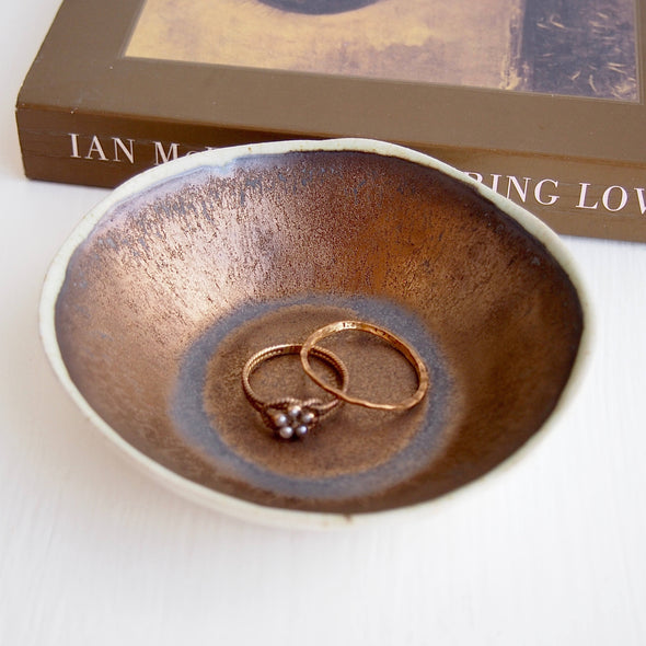 Handmade gold and cream ceramic ring dish