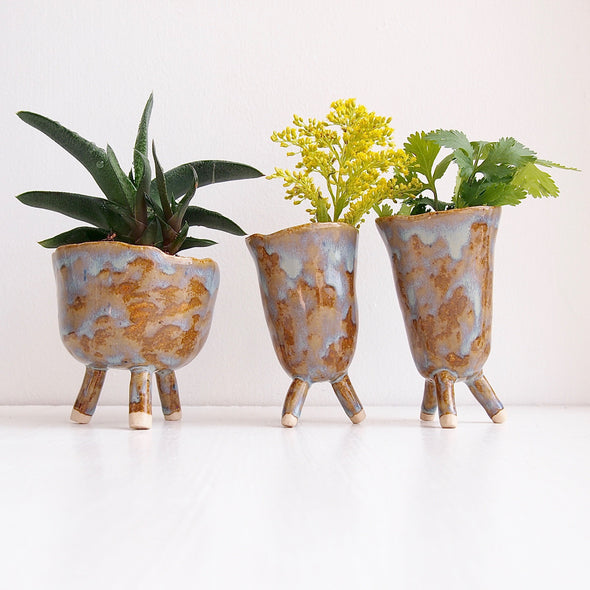 Handmade mini pottery blue/brown tripod planter