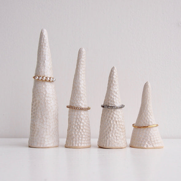 White ceramic circle texture ring cones
