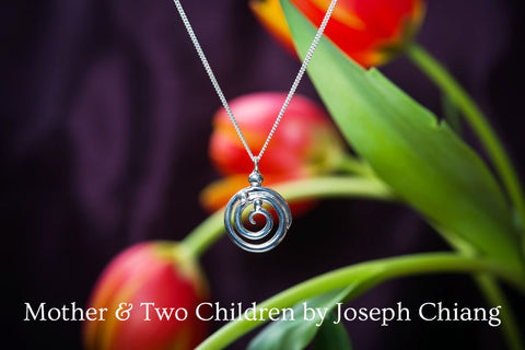 Mother & Two Children #131A sterling silver pendant by Joseph Chiang