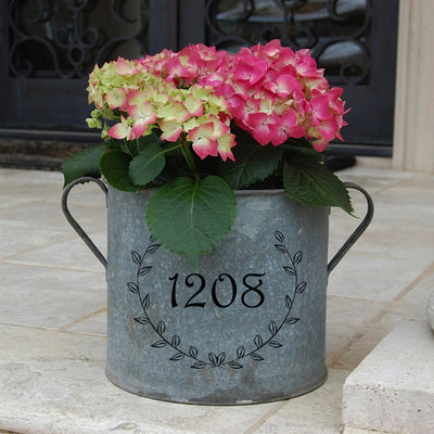 Personalized Laurel Vintage Bucket