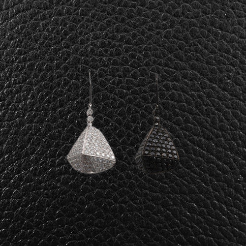 One Black Diamond & One White Diamond Earring