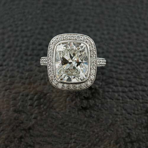 Cushion Halo Diamond Ring