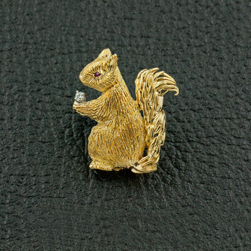 Squirrel Pin