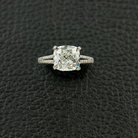 Cushion cut Diamond Engagement Ring